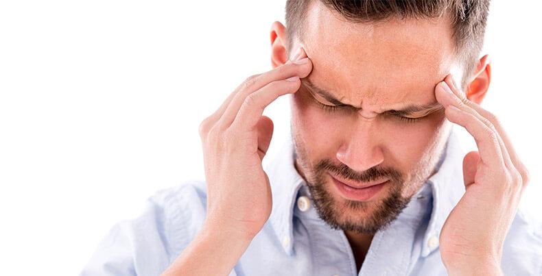 ont i huvudet nacken